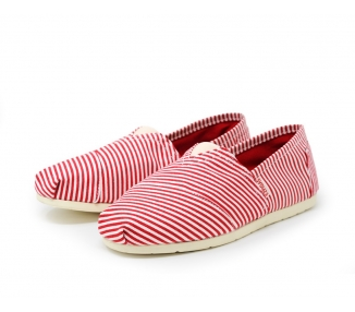 Espigas-Espadrilles-marinière-rouge-Vue-d-ensemble-des-chaussures