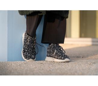 Boots tweed black & white